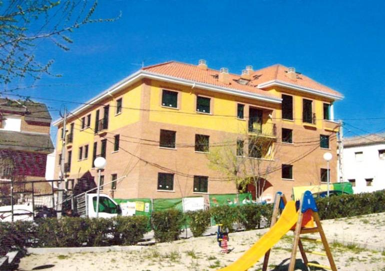 Construcción Edificio Viviendas en Recas Toledo 01